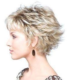 kısa saç modelleri 18 - Shaggy Haircuts, Short Layered Haircuts, Cute Hairstyles For Short Hair, Curly Hair Styles, Layered Hairstyles, Summer Hairstyles, Mom Haircuts, Haircut Short, Asymmetrical Hairstyles