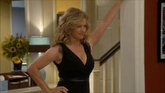 "Nancy Travis in ""Last Man Standing"" Such a Milf Beautiful Female Celebrities, Most Beautiful Women, Amanda Fuller, Nancy Travis, Amanda Bynes, Last Man Standing, Celebrity Beauty, Cool Outfits, Sexy Women"
