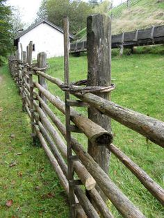 Rustic Fence, Museum, Rustic Gardens, Still Life, Woodworking, Cottage, Horses, Landscape, Garden Walls