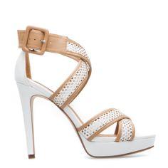 ShoeDazzle! Style. Personalized.