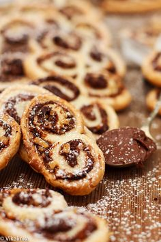 Nutella and Hazelnut Palmiers, they taste like crispy chocolate croissants. Absolutely beautiful with your cup of coffee.