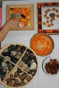 """Colors of Fall"" - Autumn provocation with loose parts at Casa Maria's Creative Learning Zone ≈≈"