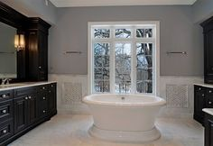 Photos of Luxury Home Master Baths and Bathrooms by Heritage Luxury Builders