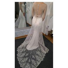 La Belle  2017 #La Belle 2017#labelle #lace #swarovskicrystals💎 #dress #weddingdress #wedding #bride #sukniaślubna #salonslubny #rzeszów #najpiekniejsza #pannamloda #slubne #design #handmade #white #bestdress #gown #bridal #bridalgown #handmade #cristal #Princessa #ślub #ślubna #suknia #myday #white#newcollection#rzeszów#madeinpoland🇵🇱 #designerdress