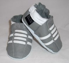 NEW soft sole leather BABY crib shoes gray running by minitoes, $22.00