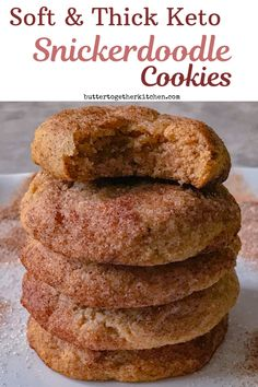 Low Carb Keto Snickerdoodle Cookies Soft and Thick Keto Snickerdoodle Cookies – These keto cookies do not disappoint! Best tasting snickerdoodle cookies you can make while on a keto diet! Keto Foods, Ketogenic Recipes, Low Carb Recipes, Ketogenic Diet, Diet Recipes, Slimfast Recipes, Yam Recipes, Smoothie Recipes, Keto Meal