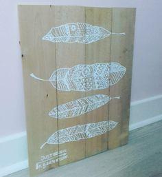 Voici des petites idées de cadre à faire avec des planches de bois assemblées et du blanco tou...