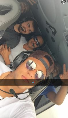 11.10.2015 Neymar & Friends #repost #snapchat carlosrique Neymar Jr, Shakira, Snapchat, Photo And Video, Instagram Posts, Friends, Videos, Photos, Amigos