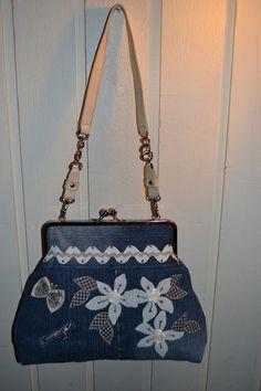 TILKKUTAIDE    Eija Kause: Iso laukku / bag