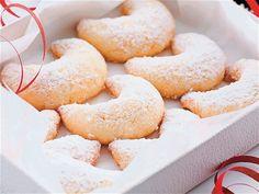 Crescent Rolls, Doughnut, Peach, Candy, Desserts, Food, Tailgate Desserts, Deserts, Croissants