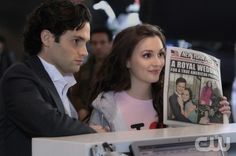 """""""THE BACKUP DAN"""" GOSSIP GIRL Pictured (L-R)   Penn Badgley as  Dan Humphrey and Leighton Meester as Blair Waldorf  PHOTO CREDIT:  GIOVANNI RUFINO/THE CW © 2011 THE CW Network, LLC.  All Rights Reserved."""