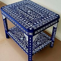 blue stenciled table when a little stenciling is not enough, painted furniture Repurposed Furniture, Painted Furniture, Furniture Making, Diy Furniture, Stenciled Table, Painted Drawers, Elegant Curtains, Rustic Cabinets, Bedroom Flooring