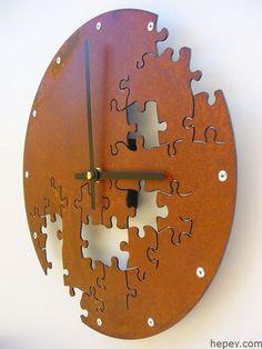 Oturma Odanız İçin En Şık Duvar Saatleri - http://hepev.com/oturma-odaniz-icin-en-sik-duvar-saatleri-6022/