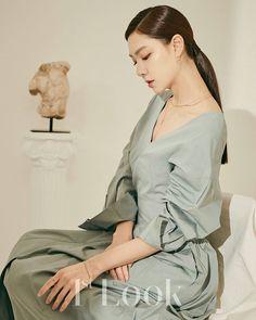 Korean Actresses, Korean Actors, Actors & Actresses, Korean Makeup, Korean Beauty, Seo Ji Hye, Korean Shows, Gay, Airport Style