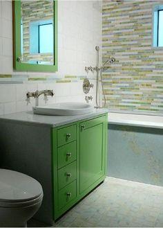 yesil renkli banyolar tasarim yer duvar seramik fayans kaplama karolar su yesili cagla fistik koyu yesil banyo dolaplari (2)