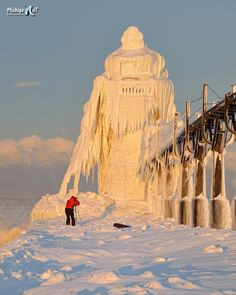 "Photographer at the ""Frozen""  St Joseph Lighthouse"
