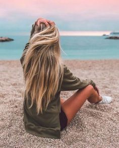 long hairstyles | highlights | blondes | dirty | haircut | hairdo | beach | messy | natural | straight #BlondeHairstylesDirty