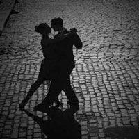 Let yourself go by passion of argentine tango at the best prices in Axel Hotel Buenos Aires!