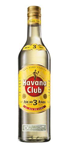 Havana Club Añejo 3 Años es el más prestigioso de los rones blancos, ya que brinda un incomparable toque de clase a todos los cócteles y mezclas.