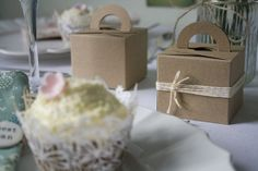 Quirky Wedding, Unique Wedding Favors, Unique Weddings, Alternative Wedding Inspiration, Favor Boxes, Traditional Wedding, Small Bags, Tea Cups, Gift Wrapping
