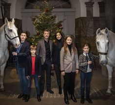 The Crown Prince Family of Denmark have sent their Christmas greetings to the Danish people through a new photo and video released by the Royal House. In the video, Crown Prince Frederik, Crown Pri… Princess Stephanie, Princess Estelle, Princess Charlene, Crown Princess Victoria, Crown Princess Mary, Denmark Royal Family, Danish Royal Family, Prince Héritier, Prince And Princess