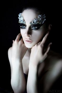 sparkle | shine | glitter | elaborate make up | precious gems | ballerina | butterfly eyes | fashion editorial | pale skin | glamour | dark smokey eye makeup