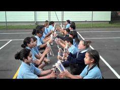 E papä wairi (Maori Stick Game) - YouTube