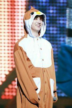 Jaebum should smile more. His smile is my weakness Youngjae, Jaebum Got7, Kim Yugyeom, Got7 Jackson, Jackson Wang, Got7 Jb, Girls Girls Girls, Boys, Mark Tuan
