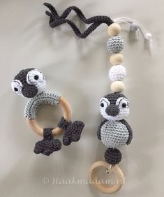 Crochet Patterns Amigurumi, Knitting Patterns, Wood Baby Gym, Crochet Baby Toys, Baby Accessories, Crochet Necklace, Baby Haken, Crafts, Jewelry