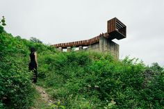 Zon-E Arquitectos. This striking walkway and lookout at an old mining site near Riosa, Spain, is made from concrete, rusty steel and recycled wood, and acts as a rest stop and viewing point for visitors. Contemporary Architecture, Amazing Architecture, Architecture Design, Willows Farm, Design Your Dream House, Deck Design, Recycled Wood, Beautiful Interiors, Walkway