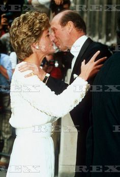 The kiss of a betrayer  duke of  Kent ------ This bloodline is so extensive in its many branches that its membership takes in many of the Presidents of the United States, including George Bush and George Washington.