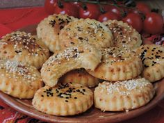 Bulgarian Recipes, Bulgarian Food, Queens Food, Whole Food Recipes, Cooking Recipes, Party Finger Foods, Food Photography, Muffin, Tasty