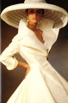 Stunning....vintage white dress with extreme collar & magnificent white summer hat