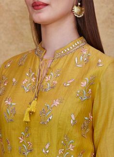 Dress Neck Designs, Kurti Neck Designs, Kurta Designs Women, Designs For Dresses, Blouse Designs, Neckline Designs, Indian Designer Suits, Indian Fashion Designers, Embroidery Suits Design