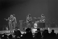 July 2014 announced that director Ron Howard Tackles New Beatles Documentary
