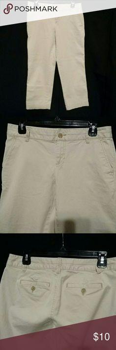 Capris Tan, zip front, pockets front and back, 98% cotton/ 2% spandex LOFT Pants Capris