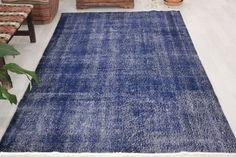 Turkish rug, 5.2 x 8.9 ft., navy blue rug, vintage rug, over dyed rug, area rug, oversized rug, bohemian rug, floor rug, living room rug by Rugshine on Etsy Living Room Carpet, Rugs In Living Room, Room Rugs, Area Rugs, Blue Carpet, Rug Making, Rugs On Carpet, Vintage Rugs, Blue Rugs