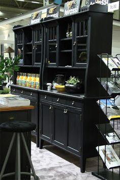 JUVIn mustat Jugend-vitriinit Habitare 2016 -messuilla. JUVI's black cupboards at Habitare2016 furniture fair Katso lisää kuvia messuilta: http://juvi.fi/messut.html