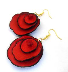Flower leather Earrings. Leather floral earrings with bead. Red color