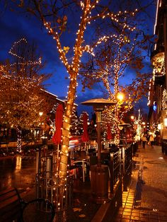 Santana Row….all my favorite things in one place….amazing food and great shopping in San Jose.