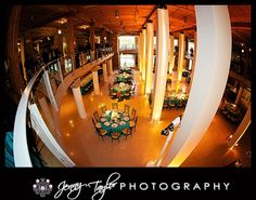 Wedding Photography Chicago | Jenny Taylor Photography | Wedding River East Art Center Chicago