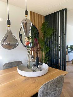 Glass Room Divider, Diy Room Divider, Living Room Partition, Room Partition Designs, Home Room Design, House Design, Diy Bedroom Decor, Living Room Decor, Room Deviders