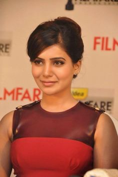 Look like a celebrity actress in no time with these 16 Samantha hairstyles. Get inspired by the Samantha Ruth Prabhu's best hairstyles. Hot Images Of Actress, Indian Actress Images, Beautiful Indian Actress, Beautiful Actresses, Indian Actresses, Samantha Images, Samantha Ruth, South Actress, South Indian Actress