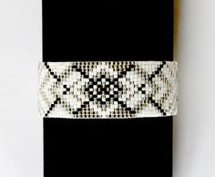 Bracelet manchette perles Miyuki et apprêts argent : Bracelet par la-ruche-creation