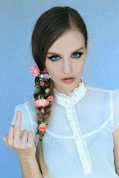 Kirsten Ostrenga, aka Kiki Kannibal. I miss her superficial look though. =(