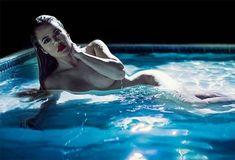 Khloe Kardashian Posts Naked Images | InStyle.com