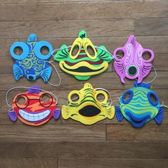 Mermaid party favors - fish masks for kids Mermaid Hat, Mermaid Shell, Mermaid Birthday, 4th Birthday, Fish Mask, Glove Puppets, Mermaid Party Favors, Mask For Kids, Under The Sea