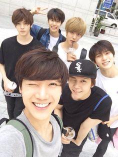 Ten, Johnny, Jaehyun, Hansol, Taeyong, and Doyoung