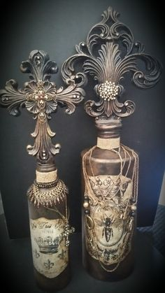 Michelle Butler Designs Fleur de Lis & Cross Bottles SHOP www.crownjewel.design