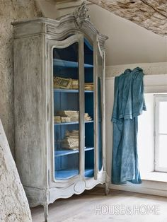 French shabby chic style blends traditional French furniture designs with dreamy shabby chic finishes for a look that is both elegant and casual. Decor, Furniture, Shabby Chic, Interior, Painted Furniture, Home, Distressed Furniture, Furniture Inspiration, French Armoire